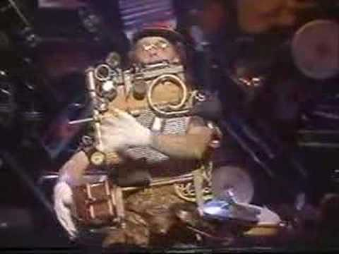 Professor Gizmo one-man-band St.Louis Blues