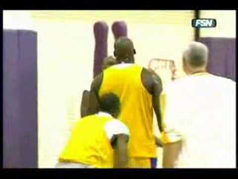 http://www.SeriousUps.com Shows You How to Dunk Like The Pros. Check it out Now. Kobe dunks over Shaq in practice (funny)