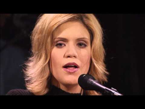 Alison Krauss & Union Station  -  Broadway  -  Ghost In This House