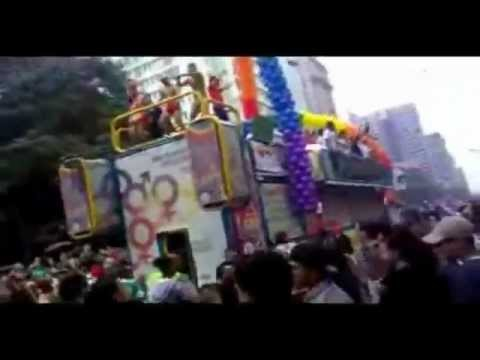 Parada Gay SP 2011 Musica Love Is Unbound Eliza G