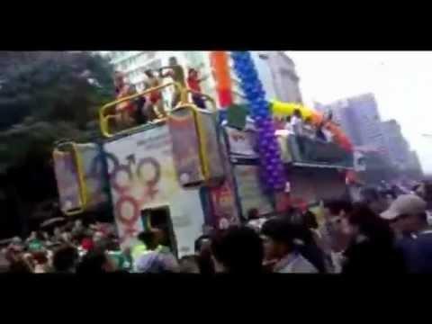 Parada Gay SP 2011 Musica Love Is Unbound Eliza G