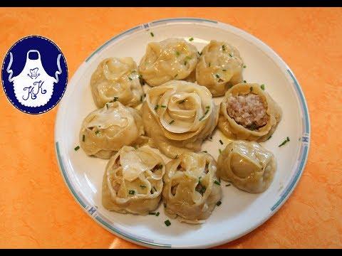 Verschiedene Varianten von Russische Manti - Teigtaschen mit Hackfleisch