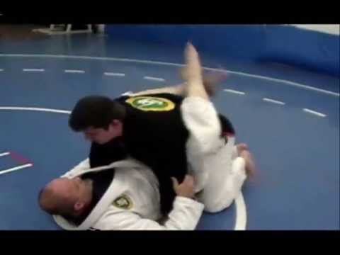 BJJ Techniques: Hip Bump to Triangle Attack Image 1
