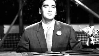 Chalo Ek Baar Phir Se Ajnabi Ban Jaye Hum Dono   Gumrah  1963