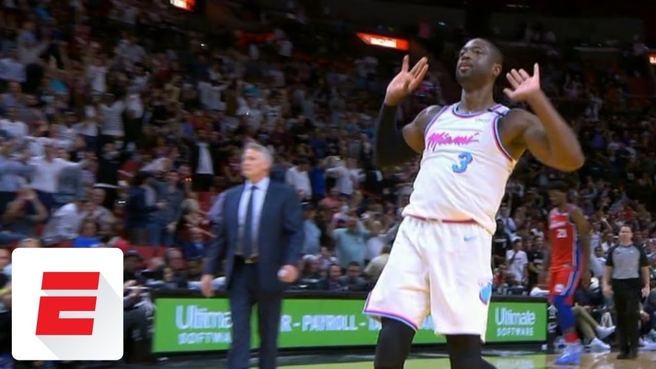 Dwyane Wade throws down dagger alley-oop, gets Heat fans to raise the roof | ESPN