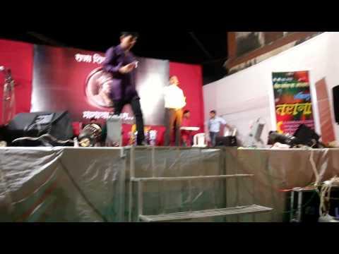 Badan Pe Sitare Live video