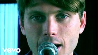 Watch Franz Ferdinand Darts Of Pleasure video