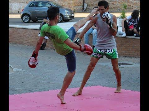 """""""Night Fight"""", dimostrazioni di Muay Thai a Monteodorisio"""