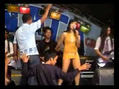 "Dangdut Sexy Hot ""Arjuna Buaya"""