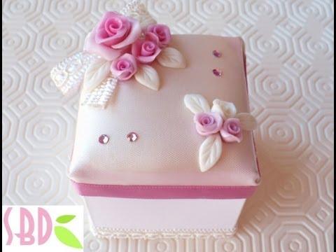 Tutorial: Decorare una scatolina di carta - Decoration of a paper box