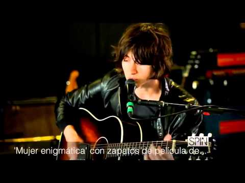Alex Turner - Suck It And See [Subtitulado]