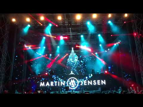 The Chainsmokers & Coldplay x Avicii - Something Just Like Levels (Martin Jensen Live in Ohrid)