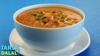 Mixed Vegetables in Coconut Gravy by Tarla Dalal