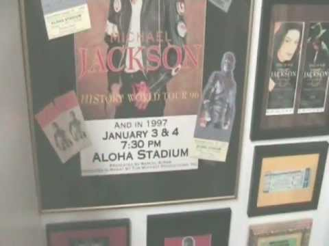 DEBBIE JACKSON'S MINI MUSEUM FOR MICHAEL JACKSON