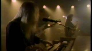 Watch Gregg Allman Slip Away video