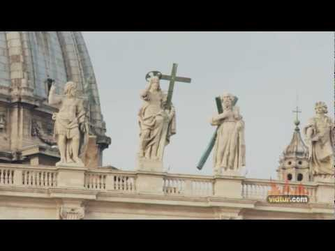 Plan your Rome vacation: Visit Piazza ...
