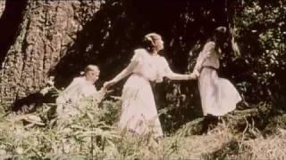 Download Picnic at Hanging Rock   {Trailer} 3Gp Mp4