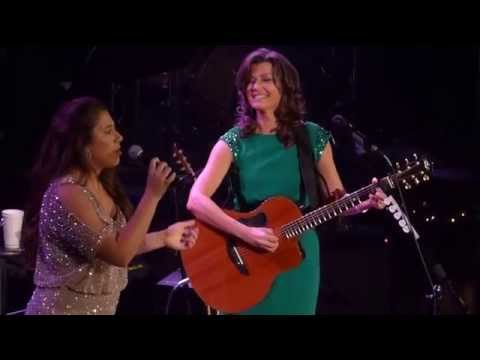 Amy Grant  & Corrina Gill at the Ryman, Heirlooms