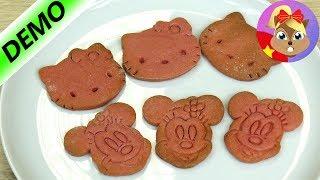 Đất sét ăn được, dùng làm bánh hình chuột Mickey và mèo Hello kitty