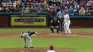 Phillies fans mimic Kimbrel's mannerisms