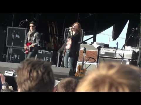 "Patti Smith - ""Gloria"" - Hop Farm Festival, Kent, 30th June 2012"