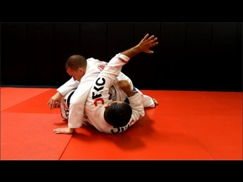 Jiu Jitsu Techniques - Side Control Escape / Defense Image 1