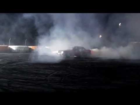Collie Burnout Challenge 2013 - Very Sixy video