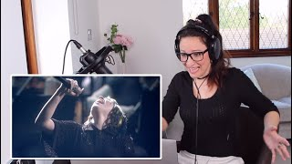Download lagu Vocal Coach Reacts - Billie Eilish - No Time To Die (Live From The BRIT Awards, London)