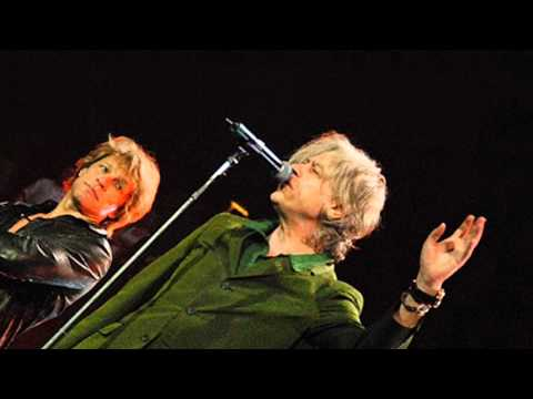 Bon Jovi - I Don't Like Mondays (live 2010 - with Bob Geldof)
