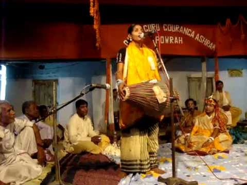Kirtan at Ghatsila women Mridanga player at Jai Guru Gouranga Ashram, Powarh