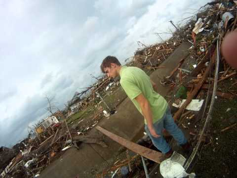 4/27/2011 Tuscaloosa Tornado Damage Minutes after a F5 Tornado Destroyed 30% of this City.