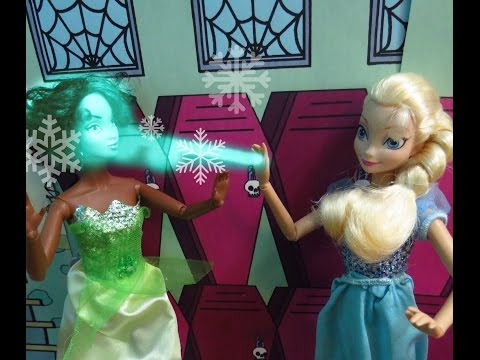 Frozen : Bullying at Disney Princess Academy : Stop Motion