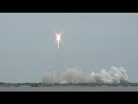 SpaceX Falcon9 Dragon Rocket Launch March 1st 2013 Kennedy Space Center Florida