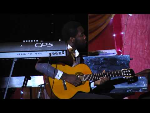 Christmas medley Phillip Uzo classical guitar