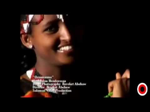 Haacaaluu Hundeessaa - Oromummaa Ishee (Oromo-Oromia)