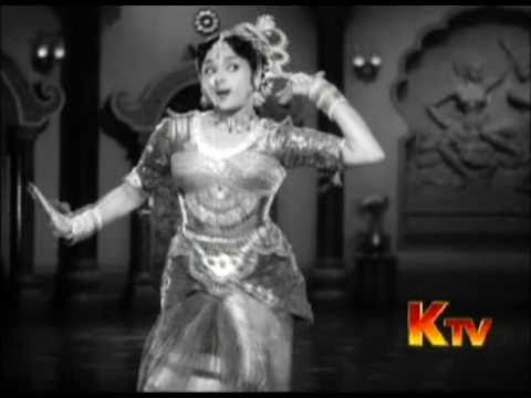 Padmini Vyjayanthimala - Kannum Kannum Kalandhu Song Tamil Hit Movie Song Vanjikkootai Vaaliban 1958 video