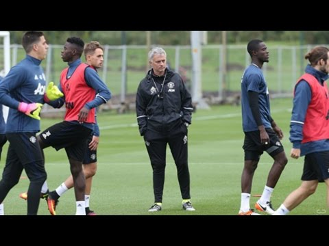 Jose Mourinho Training Session With Manchester United Players!