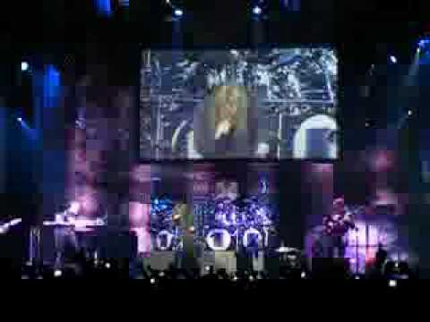 MikaelÃ…kerfeldt (Opeth) with Dream Theater