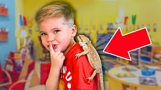 Sneaking My Bearded Dragon Into School! 🤫