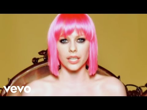 Avril Lavigne - The Best Damn Thing Music Videos