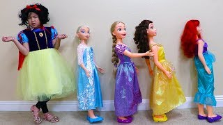Jannie Pretend Play Princess Party Dress Up w/ Hair and Makeup Kids Toys