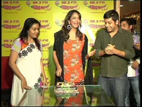 Gundello Godari Team at Radio Mirchi, Hyderabad - Video Coverage