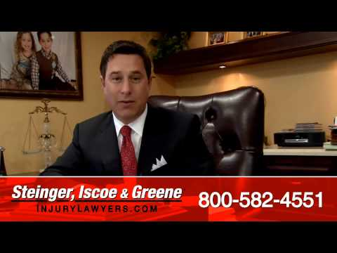 Delray Beach Auto Accident Lawyer - Call 1-800-582-4551