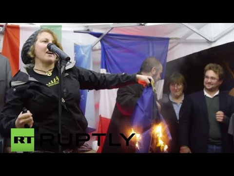 "France: ""F*ck Merkel"" - Far-right protesters oppose EU refugee quota"