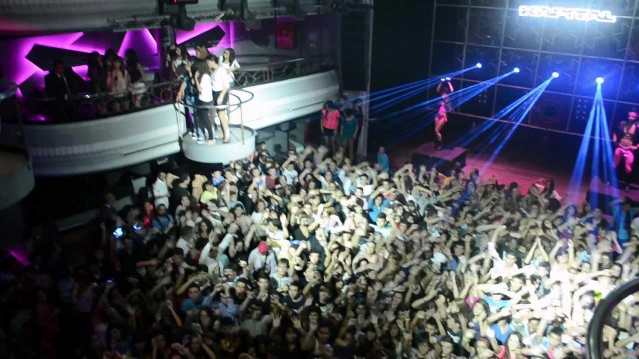 Fotos t club madrid discoteca kapital gratis madrid for Sala kapital madrid