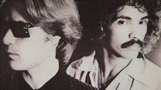 Watch Hall & Oates Heartbreak Time video