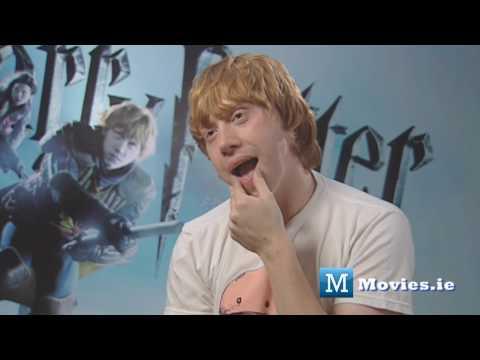 Rupert Grint talks about KISSING Emma Watson (Hermione & Ron kiss)