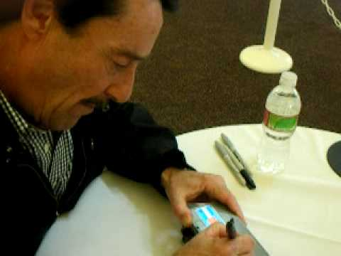 Thumb Botcon 2009: Peter Cullen, disfraces y Transformers Animated