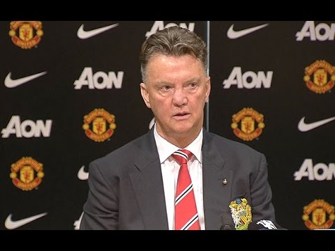 Manchester United v QPR: Louis van Gaal praises team for 'making new start'
