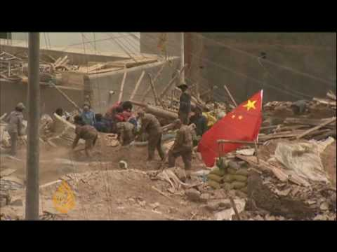 Cremations for China quake dead
